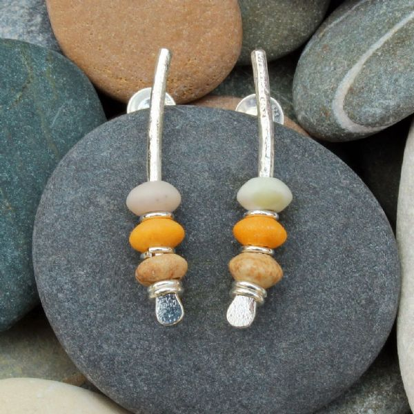 Arc silver earrings, seaside inspired, natural stone, light coloured pebble earrings 7A